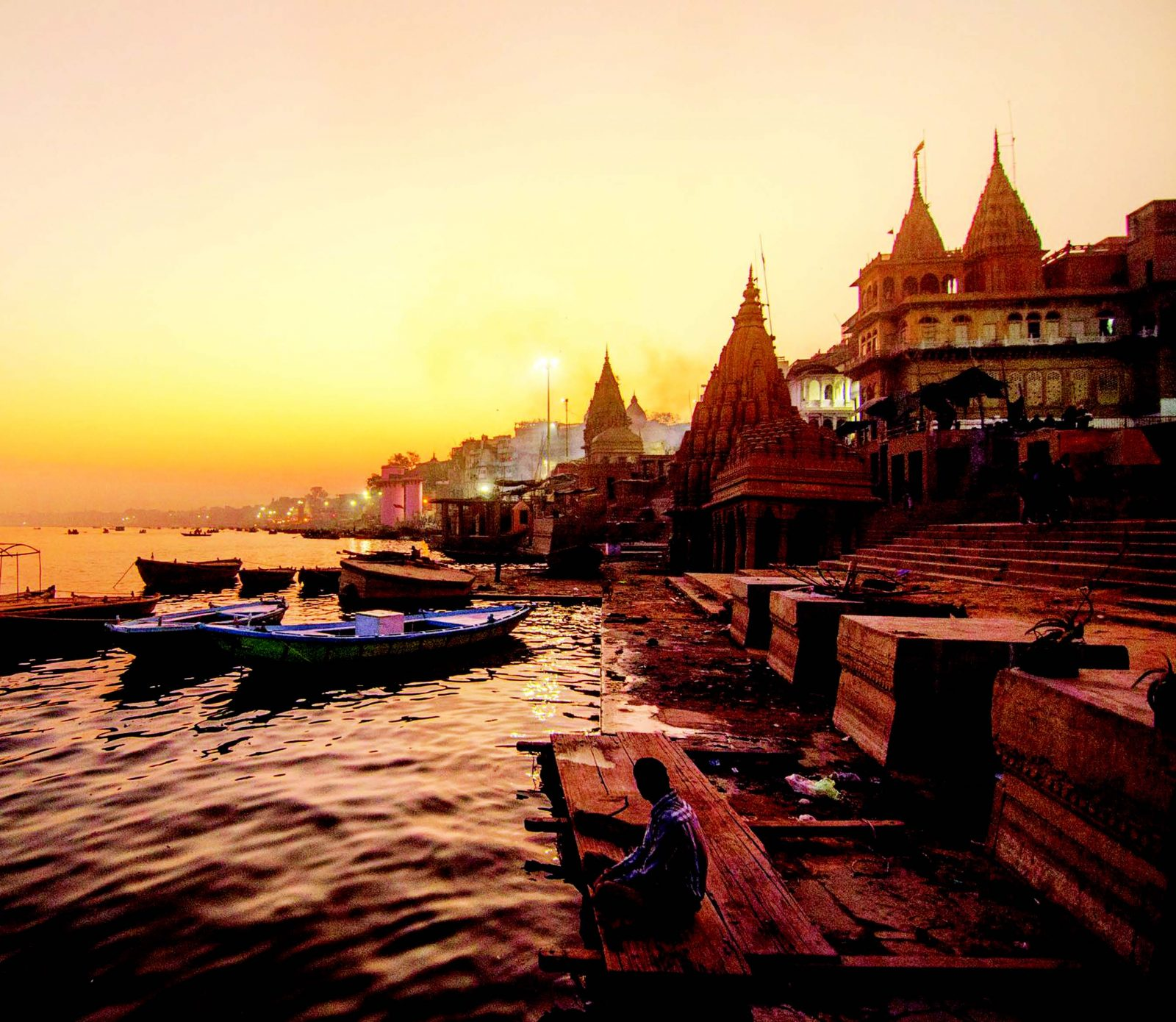 Varanasi, Indias Holiest City | Earth Trekkers